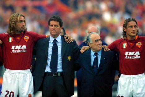 Gabriel-Batistuta-Fabio-Capello-Franco-Sensi-e-Francesco-Totti